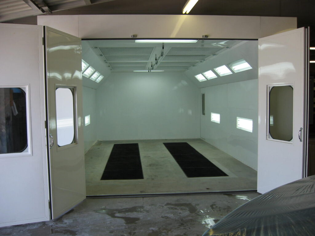 Automotive Downdraft Spray Paint Booths